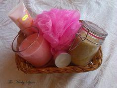 ¿Aun no sabes que le vas a regalar a mamá? aquí te muestro una idea super fácil. http://themichyspacelowcost01.blogspot.com/2015/05/diy-regalo-para-mama.html
