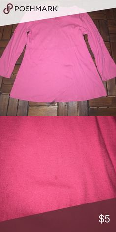 Babystyle maternity pink 3/4 sleeve top M Pink 3/4 sleeve  maternity has pin size mark on bottom see photo (price reflects this) Bundle & Save- Items in same bundle ship for 1 low price. Check out my other items babystyle Tops Tees - Long Sleeve