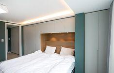 [아파트인테리어] 예쁜집 로망실현! 개구쟁이 두 아들도 웃음가득 47평 보금자리 : 네이버 포스트 Bed, Furniture, Home Decor, Decoration Home, Stream Bed, Room Decor, Home Furnishings, Beds, Home Interior Design