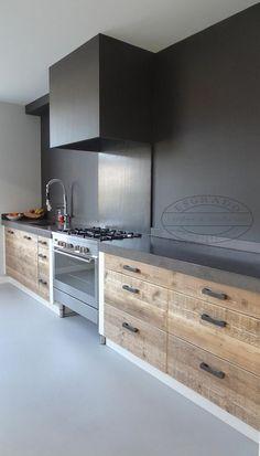 The Best Interior Design Of A Wooden Kitchen 38 Home Decor Kitchen, Kitchen Room Design, Kitchen Remodel, Modern Kitchen, Home Kitchens, Kitchen Inspiration Modern, Wooden Kitchen, Kitchen Design, Industrial Kitchen Design