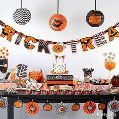Cute halloween table.