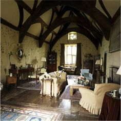 The great chamber on the upper floor of the north cross-range at Cothay Manor. Country Life, Country Houses, English Interior, Medieval Houses, Old Cottage, Dream House Interior, Beautiful Buildings, Amazing Architecture, Traditional House
