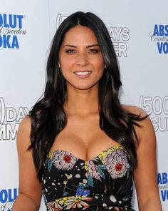 Olivia Munn (gorgeous American model and actress of American and Vietnamese descent, born Lisa Olivia Munn on July 1980 in Oklahoma City, Oklahoma, United States of America). Beautiful Celebrities, Beautiful Actresses, Gorgeous Women, Non Blondes, Olivia Munn, Brunette Beauty, Up Girl, Mode Outfits, Sensual