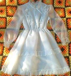 Vintage Girls White Dress 10/12 by lishyloo on Etsy, $14.00
