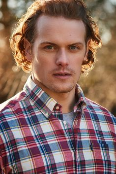 Sam Heughan – Page 6 – Outlander Online Sam Heughan Outlander, Serie Outlander, Sam Heughan Caitriona Balfe, Outlander Quotes, Outlander Casting, Outlander 2016, Claire Fraser, Jamie And Claire, Jamie Fraser