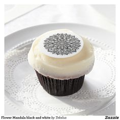 Flower Mandala black and white Edible Frosting Rounds. Zentangle on a cake! lol