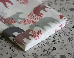 Bear Day Fabric  Purple and Grey  Small Piece por LilaRubyKingShop