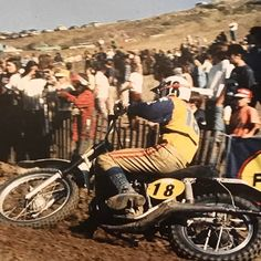 German fast guy Willy Bauer laying the Maico over Mx Racing, Motocross Racer, Vintage Motocross, Dirtbikes, Sidecar, Grand Prix, Cars And Motorcycles, Funny Dogs, Iron