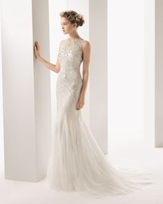 One of our favourite #wedding #gowns from the latest Rosa Clara collection.