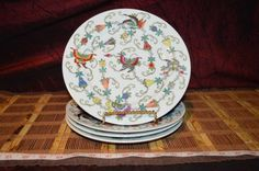 """4 Asian Porcelain Hand Painted Famille Rose Butterfly Flower Luncheon Plate 9"""""""
