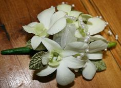 Bloomin Boxes :: Orchid corsage with pearls