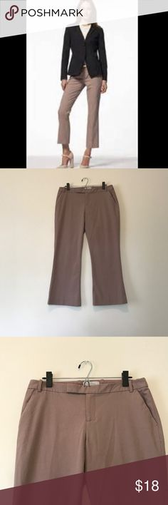 GAP Mauve Cropped Flare Pant Cropped flare pants from GAP. Worn a couple times and in like new condition. Perfect for fall. From a smoke free home. Fit true to size. GAP Pants Ankle & Cropped