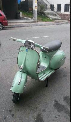 "Vespa 150 s      1964"""
