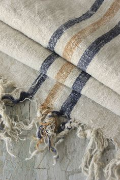 "A pinner wrote: ""Gorgeous vintage linen / hemp homespun from Europe with loom ties ~ beautiful for pillows ~ ideal for beach house , French country, shabby chic, Gustavian interiors  ~ www.textiletrunk.com"""
