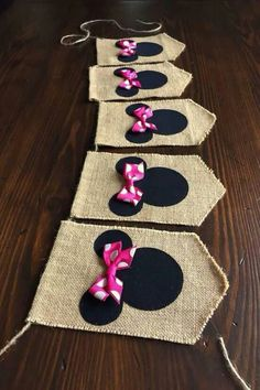 Minnie Mouse Bunting//Minnie Mouse Birthday Banner//Minnie's Bowtique//Minnie… Minnie Mouse Party, Minnie Mouse Rosa, Mickey Party, Mickey Mouse Birthday, Mouse Parties, Mini Mouse First Birthday, Minnie Mouse Favors, Mickey Mouse Wreath, Disney Parties