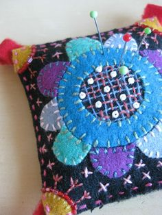 361 best Crafts - Pin Cushions, Needle Books & Sewing Kits images ...