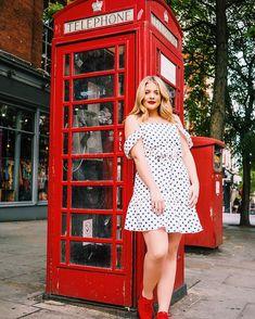Lauren Alaina (@laurenalaina) • Instagram photos and videos Lauren Alaina, Short Sleeve Dresses, Dresses With Sleeves, American Idol, Photo And Video, Instagram, Videos, Photos, Fashion