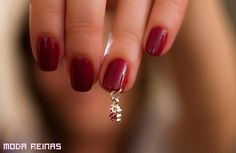 Nail piercing - Nail art try out your creative ideas Nail Piercing, Piercings, Body Peircings, Nail Art Designs Images, Pretty Nail Designs, Nail Jewelry, I Love Jewelry, Jewlery, Mens Nails