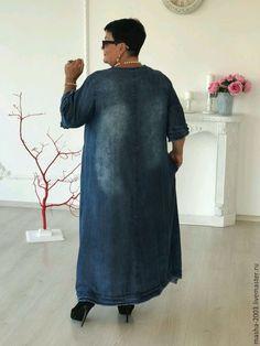 Платье – купить или заказать в интернет-магазине на Ярмарке Мастеров   Тоненькое джинсовое платье с аппликацией. В…