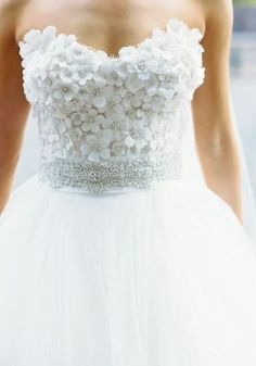 Featured Photographer: Abby Jiu Photography; Wedding dress idea.