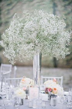 MARIAGE CENTRE DE TABLE GYPSOPHILE - Google Search