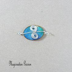 Connecteur cabochon soie bleu, turquoise et argenté Arabesque, Bleu Turquoise, Creations, Stud Earrings, Cabochons, Montage, Decoration, Boutique, Jewelry