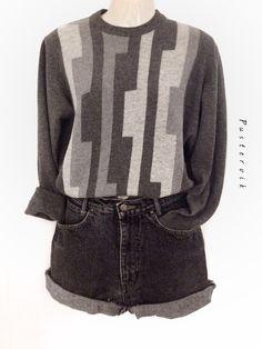 Mein 100% Kaschmir / Cashmere Pullover True Vintage Minimal Urban Style von true vintage! Größe 40 / M für 48,00 €. Sieh´s dir an: http://www.kleiderkreisel.de/damenmode/blusen/136788195-100-kaschmir-cashmere-pullover-true-vintage-minimal-urban-style.