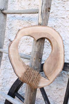 Deko-Objekte - Holzherz - Herz aus Baumscheibe - Geschenkidee - ein Designerstück von by-Andalura bei DaWanda