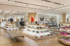 Hotwind Wanda Outlet by RIGIdesign, Changzhou – China » Retail Design Blog