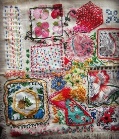 *♥* Gathering Dust: Crafting Bits and Pieces End of May edition Sashiko Embroidery, Embroidery Applique, Embroidery Stitches, Embroidery Patterns, Scrap Fabric Projects, Fabric Scraps, Sewing Art, Sewing Crafts, Fabric Journals