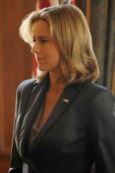 """Tea Leoni au naturel on """"Madam Secretary."""""""
