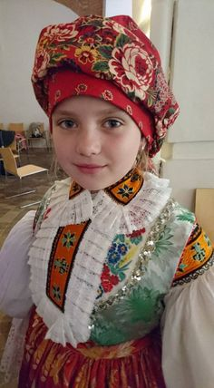 Looking for fashion treasures hidden in the past. Hopelessly addicted to folklore. We Are The World, People Of The World, Folk Costume, Costumes, Complex Art, My Heritage, Beautiful Patterns, Winter Hats, Textiles