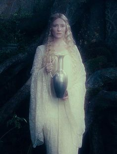 #Galadriel, Lady of Lothlorien (Cate Blanchett in the Lord of the Rings: Fellowship of the Ring)