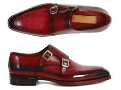 Goodyear welted for sturdy construction. Hand painted black & bordeaux leather upper blends beautifully together. black antiqued leather outer sole matches the rest of the shoe perfectly. Bordeaux leather lining finish. This is a made-to-order product. Please allow 15 days for the delivery. Because our shoes are hand-painted and couture-level...