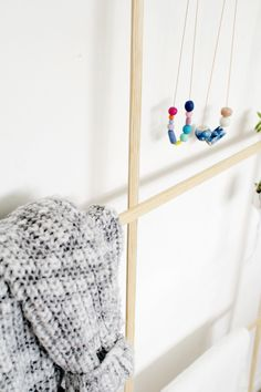 Simple. Beautiful. DIY clothes wrack. Great for tiny spaces! Great for the minimalist! Just great!