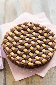 Crostata Crema e Nutella - cake with Nutella and Cream Pie Crust Recipes, Tart Recipes, Sweet Recipes, Mini Desserts, Just Desserts, Best Italian Recipes, Favorite Recipes, Cake Cookies, Cupcakes