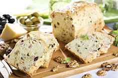 Olivový chléb se slaninou a ořechy – COOP Club