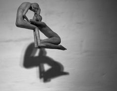 @escultura_a.i  Escultura em madeira. Amanda I.  #escultura #ArteBrasileira #entalhe #brazilianart #sculpture #wood #art #arte