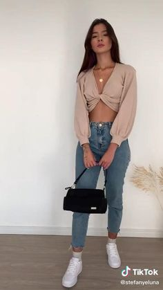 Basic Outfits, Mode Outfits, Cute Casual Outfits, Stylish Outfits, Sexy Outfits, Diy Clothes Design, Mode Ootd, Clothing Hacks, Winter Fashion Outfits