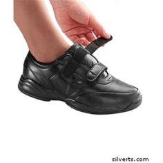 Silverts 101300103 Propet Extra Wide Walking Womens Leather Shoe, Black -  Size 7, Women's