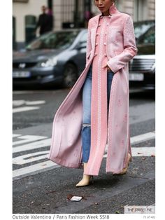 Outside Valentino / Paris Fashion Week pink street style jacket outfit Fashion Mode, Modest Fashion, Look Fashion, Indian Fashion, Trendy Fashion, High Fashion, Winter Fashion, Fashion Outfits, Fashion Design