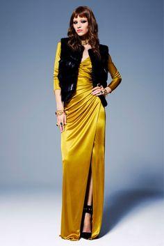 Versace Pre-Fall 2013 Fashion Show - Mila Krasnoiarova