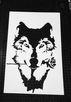 Wolf paper cutting