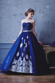 no.23772 - COLOR | 新宿でウェディングドレスをレンタルするならブライダルサロンHANA