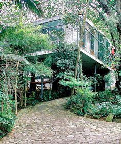 casa-de-vidro Lina Bo Bardi