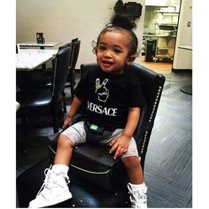 Royalty Chris Brown daughter pretty girl beautiful