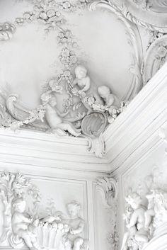 ❖Blanc❖ White plaster ceiling detail