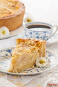 North Frisian apple sour cream cake recipe - baking and desserts - Kuchen Apple Pie Recipes, Baking Recipes, Sweet Recipes, Cake Recipes, Dessert Recipes, Apple Sour Cream Cake, Apple Cake, German Baking, Gateaux Cake