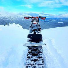 Siihen näkyyn voisi tottua  #snowbike