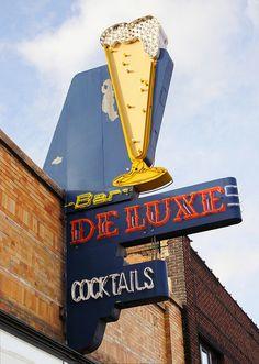 Bar De Luxe - Salt Lake City, Utah
